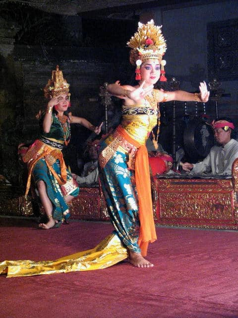 spectacle danse ramayana java indonesie