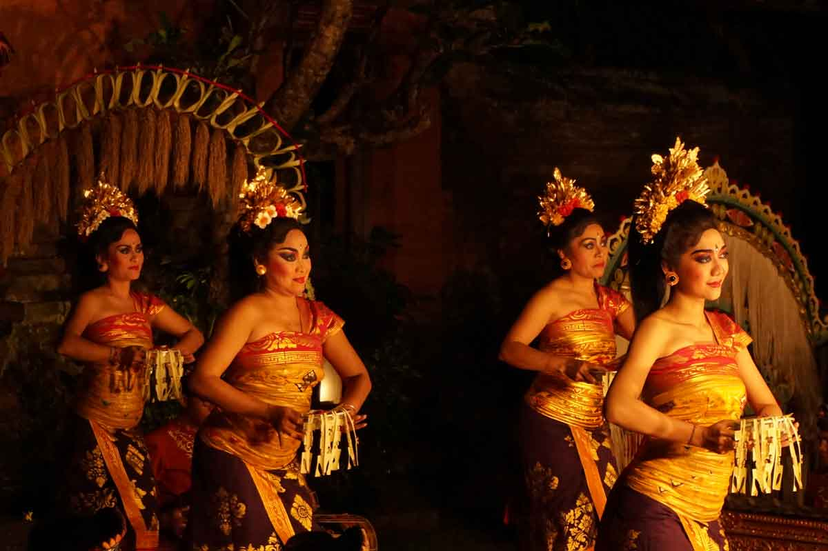 spectacle danse ramayana java panorama
