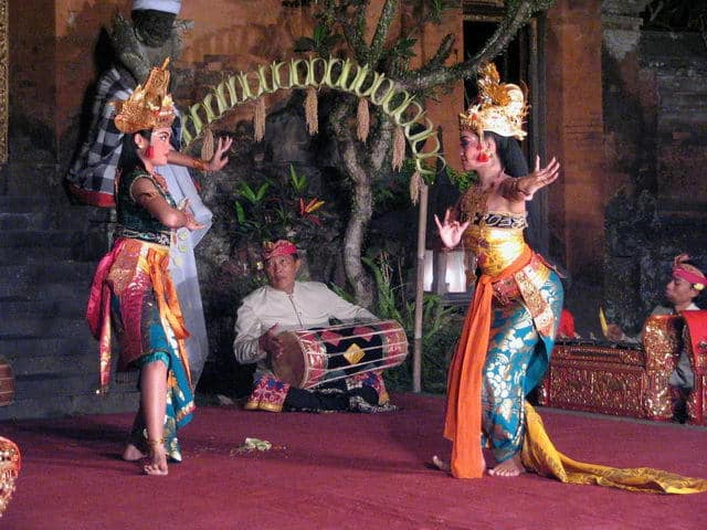 spectacle danse ramayana java