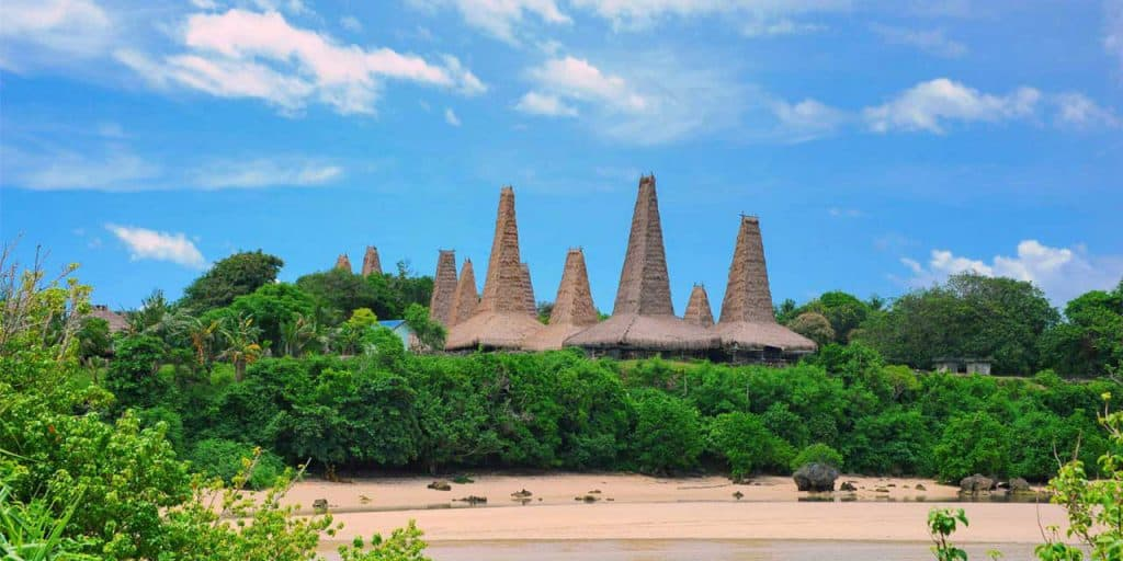 sumba village traditionnel