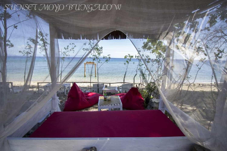 sumbawa hôtel sunset moyo panorama relaxant sur la plage