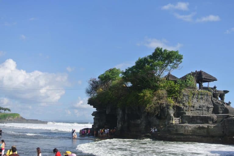 tanah lot temple incontournable bali