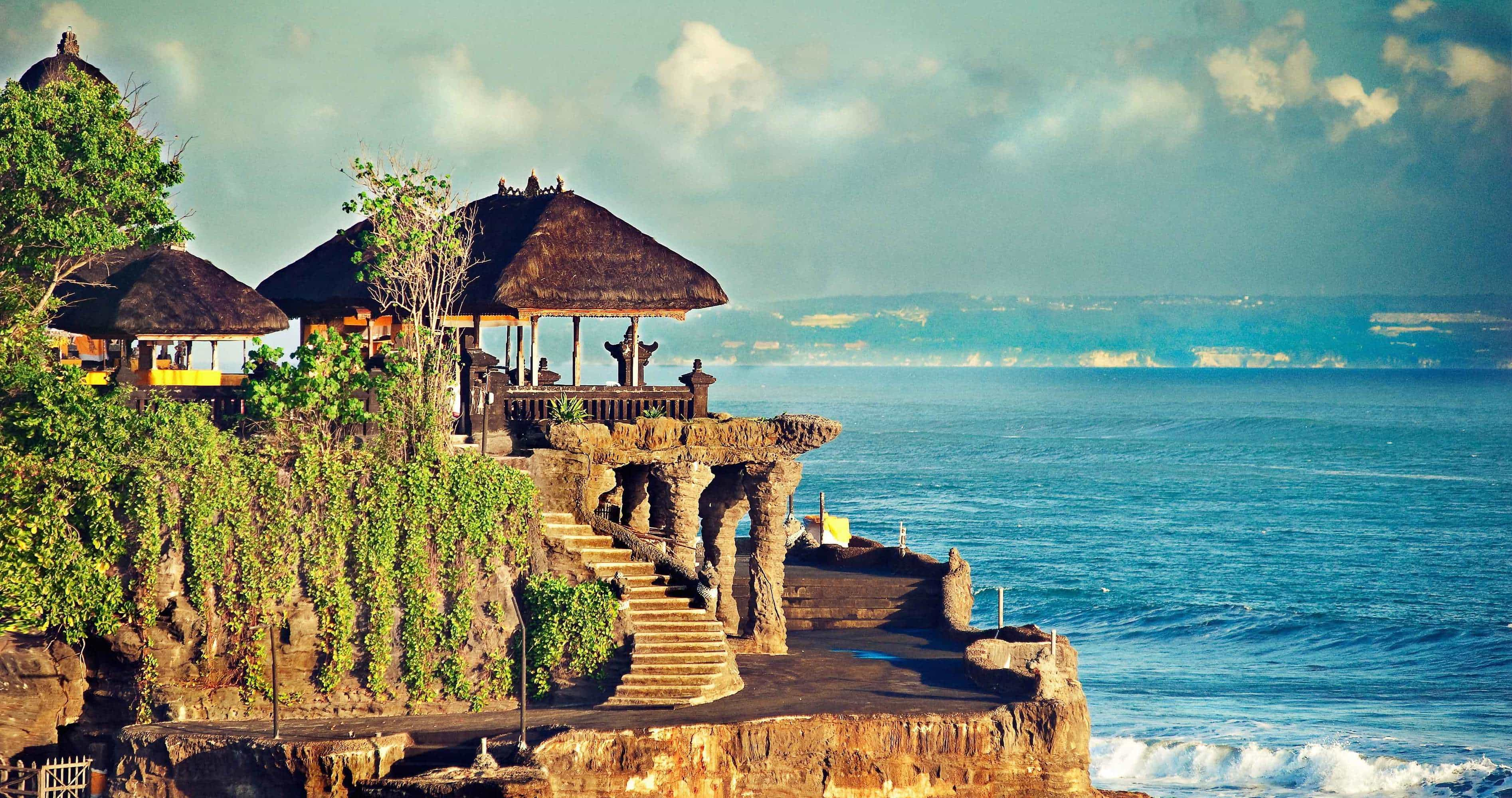 fondement bali temple tanah lot