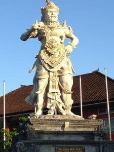statut indonésienne tradition