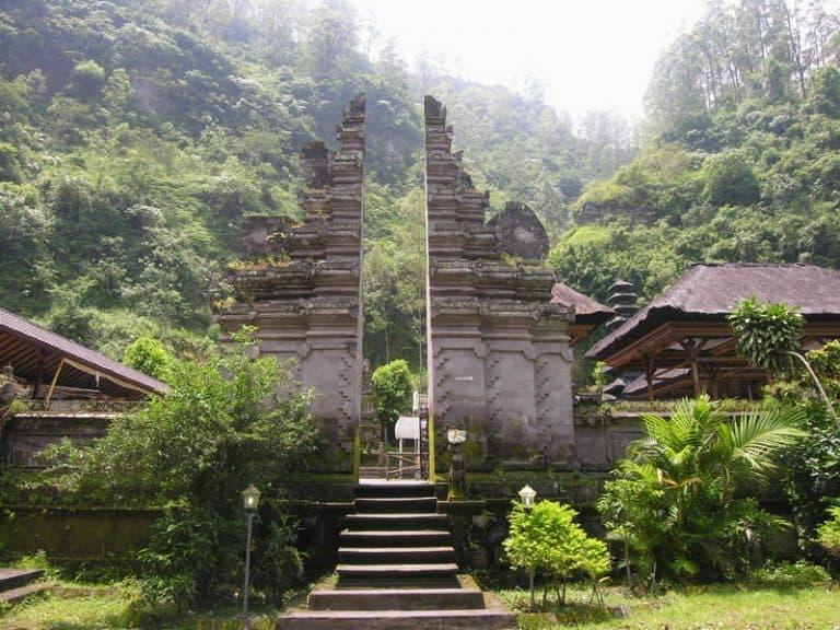 temple bali singaraja indonesie