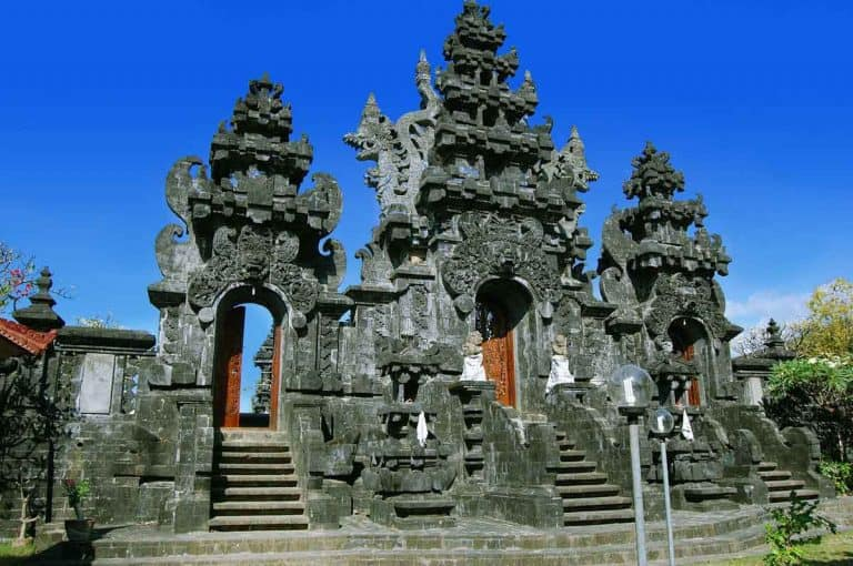 temple bali singaraja indonesie panorama