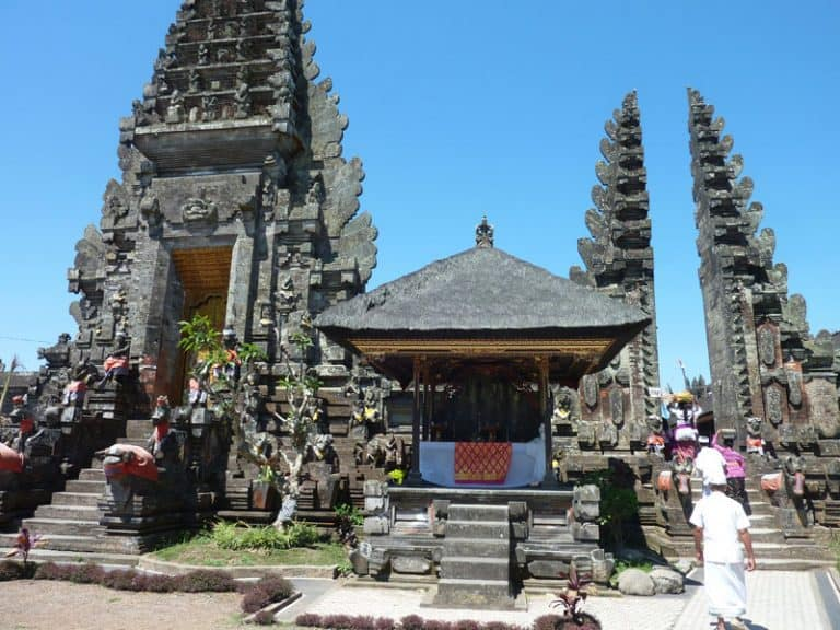 temple bali ulun batur traditions