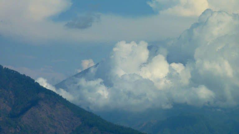 temple bali ulun batur volcan batur