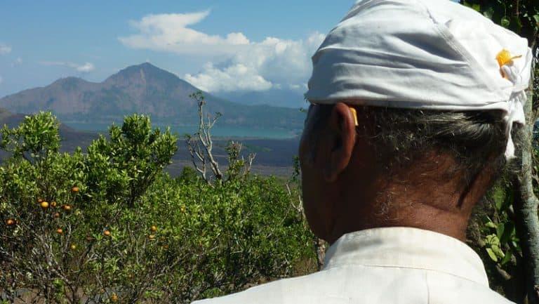 temple bali ulun batur vue volcan