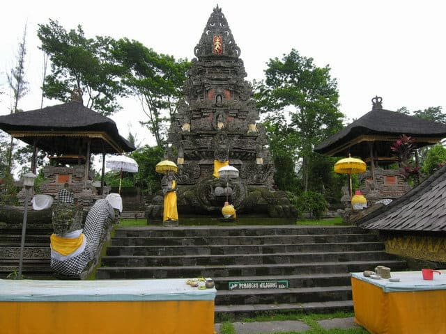 temple hindou lumajang culture indonesienne