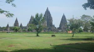 Prambanan temple ile de java