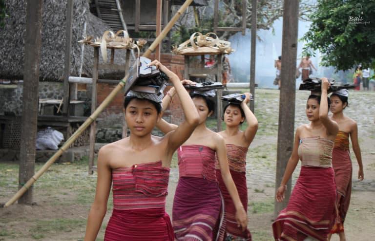 Tenganan Bali aga femme