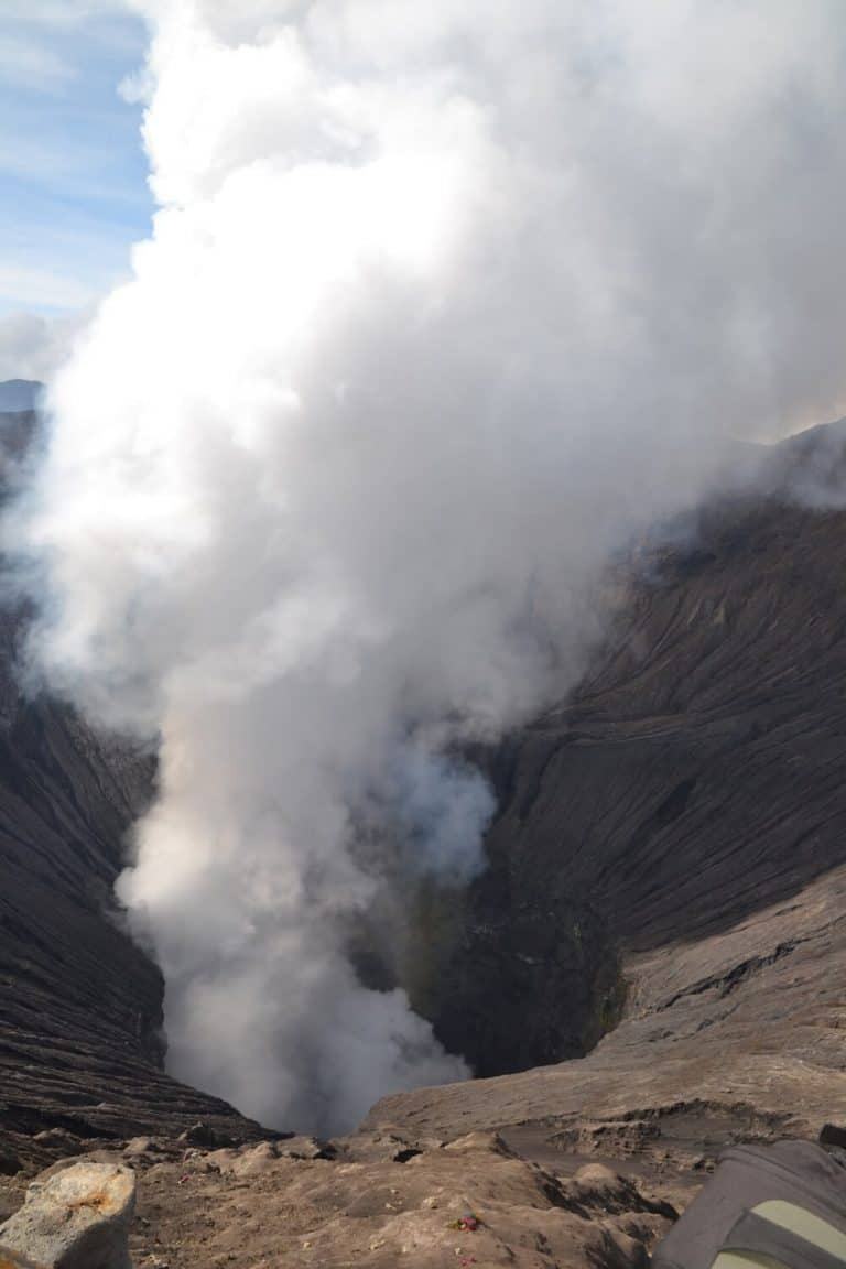temoignage fumée cratère bromo