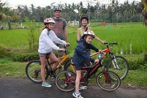 balade à vélo dans les rizières balinaises