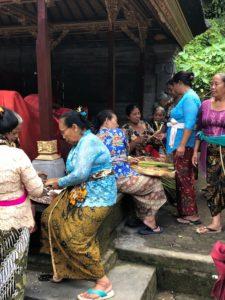 vie locale offrandes bali indonesie