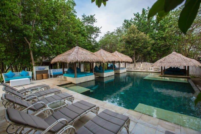 villa lombok gili piscine mer plage