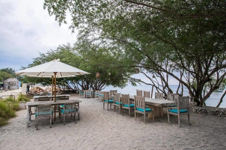 villa lombok gili piscine privative restaurant plage