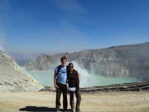 Ile de java ile indonésienne au sommet volcan ijen