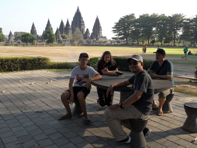voyage en famille java Borobudur