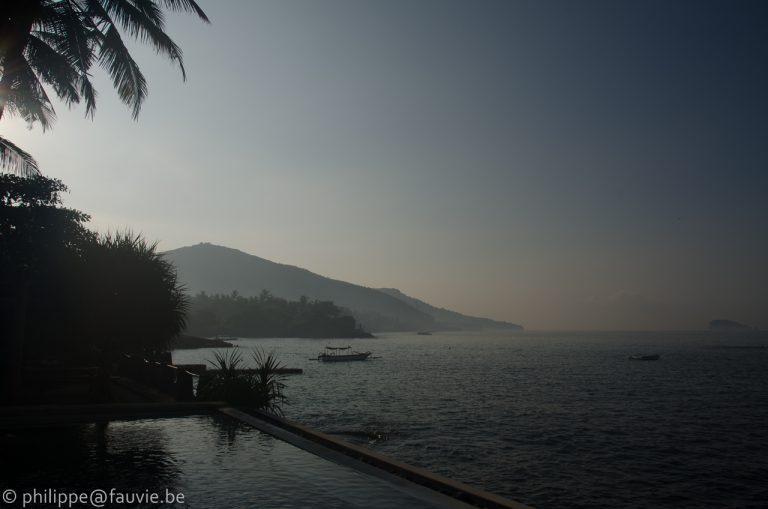 hôtel piscine à débordement indonésie