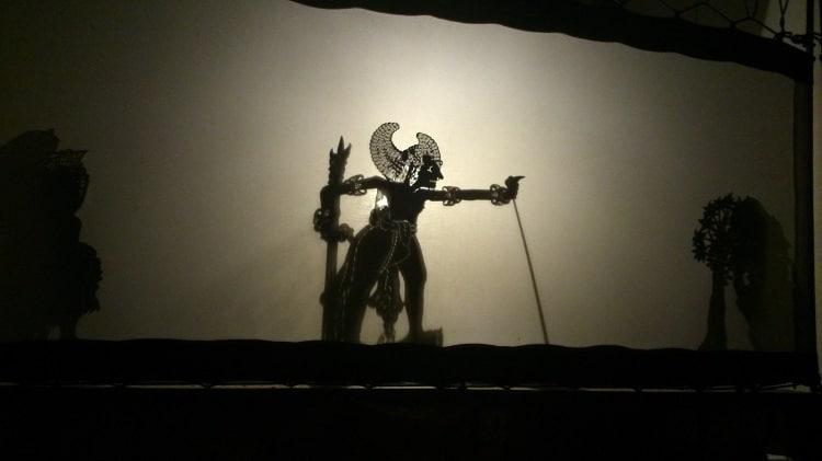 wayang théâtre de marionnettes et ombres bali
