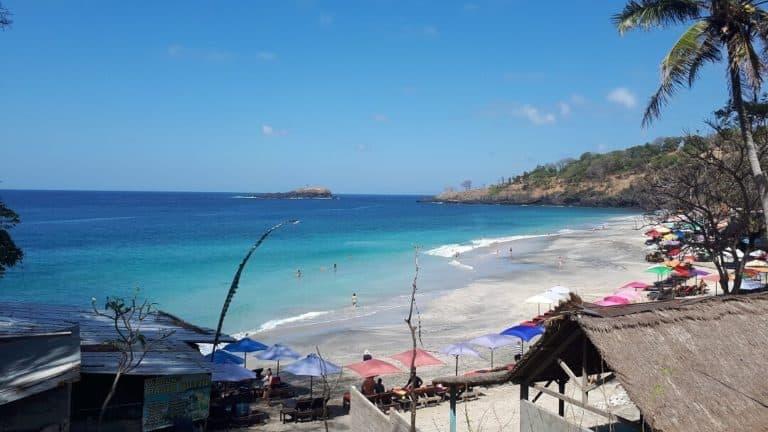 white sand beach bali indonesie