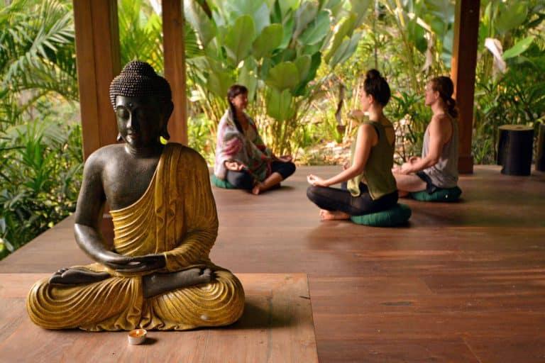 effectuer une retraite de yoga bali